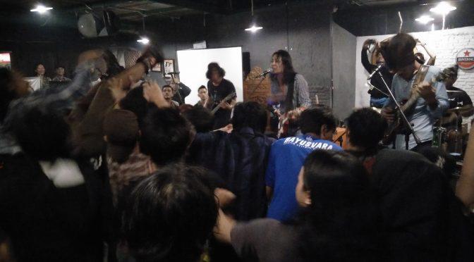 Ketika Punk dan Grunge Bersatu Suarakan Perlawanan